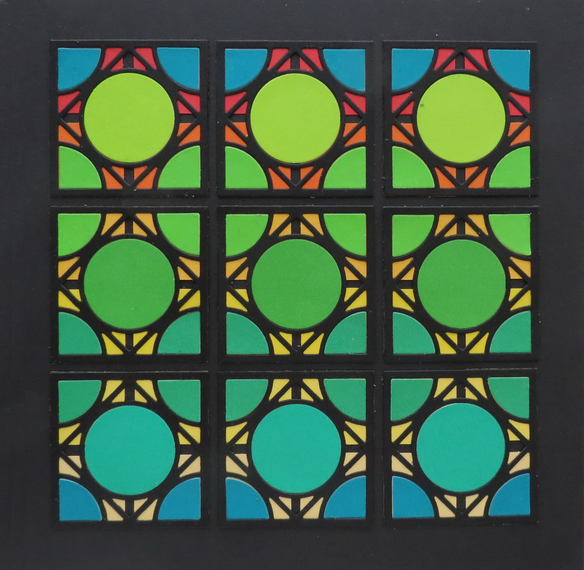 Cornerstone Dies: Encircle die Mosaic Decore piece